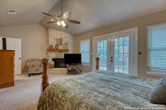 Active RFR | 106 MISSION DR New Braunfels, TX 78130 27