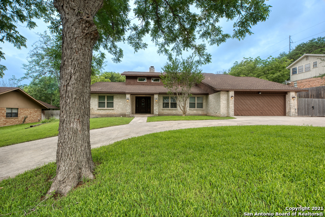 Active RFR | 106 MISSION DR New Braunfels, TX 78130 2