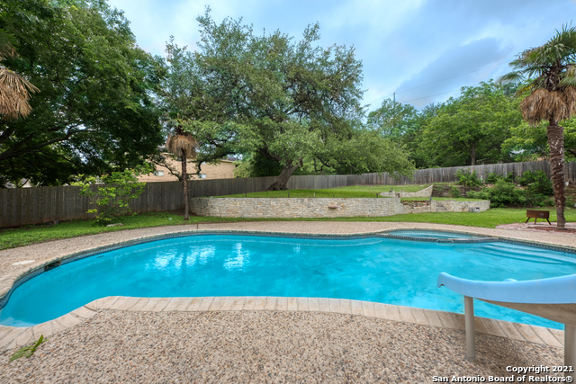 Active RFR | 106 MISSION DR New Braunfels, TX 78130 39