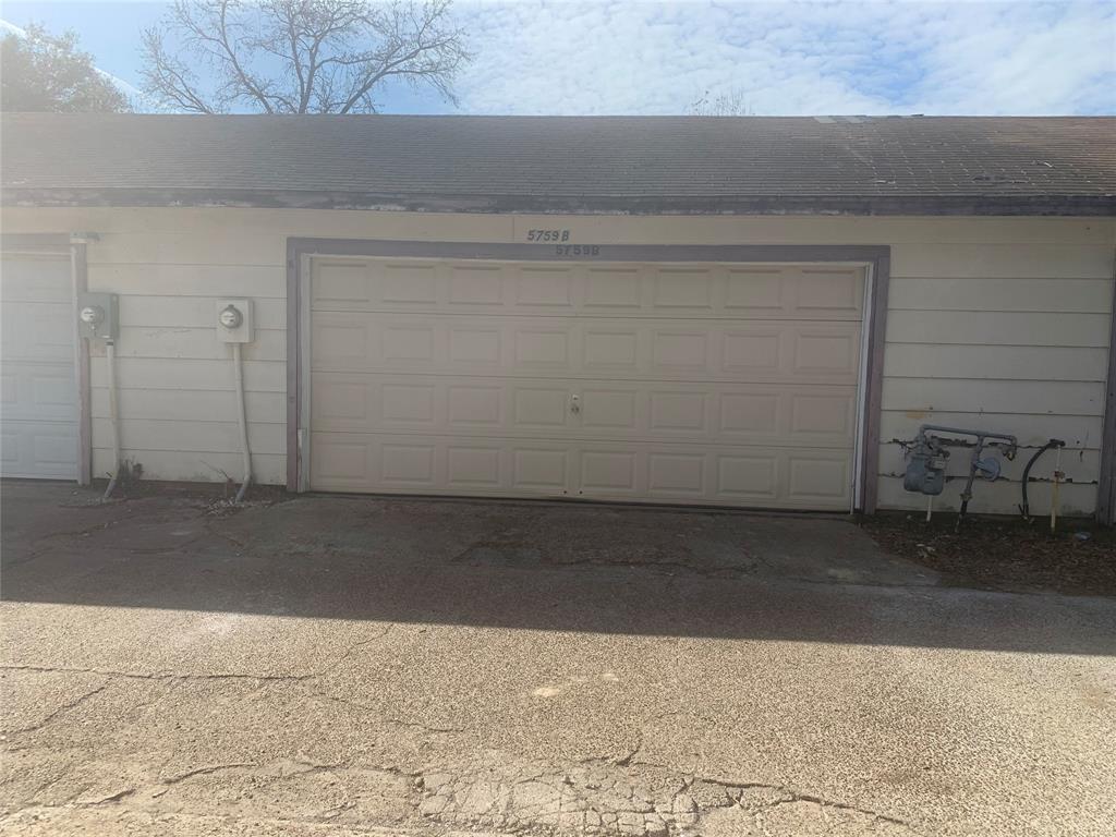 Off Market | 5759 Easthampton Drive #B Houston, Texas 77039 8
