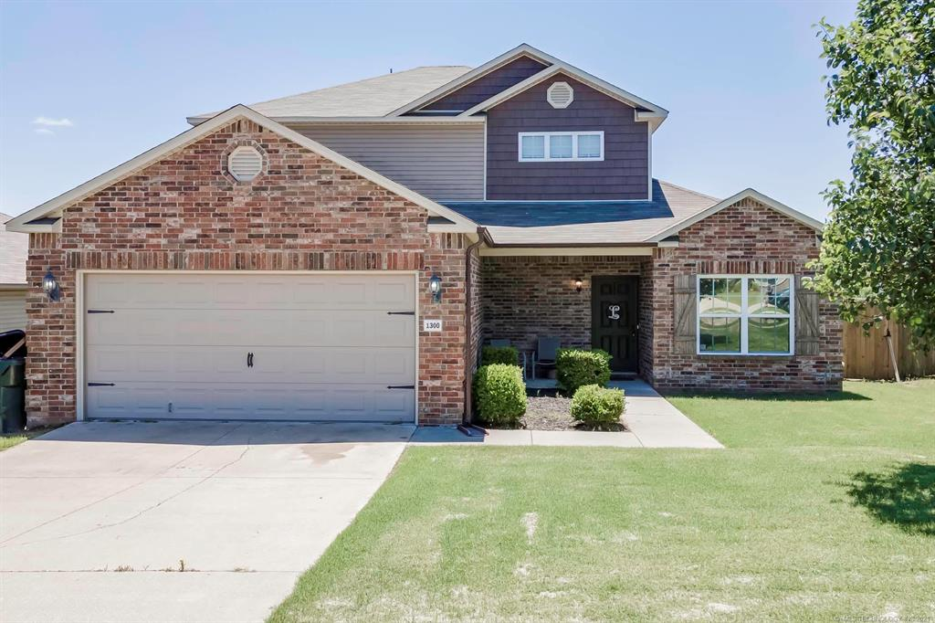 Off Market   1300 Panther Lane Sapulpa, Oklahoma 74066 0