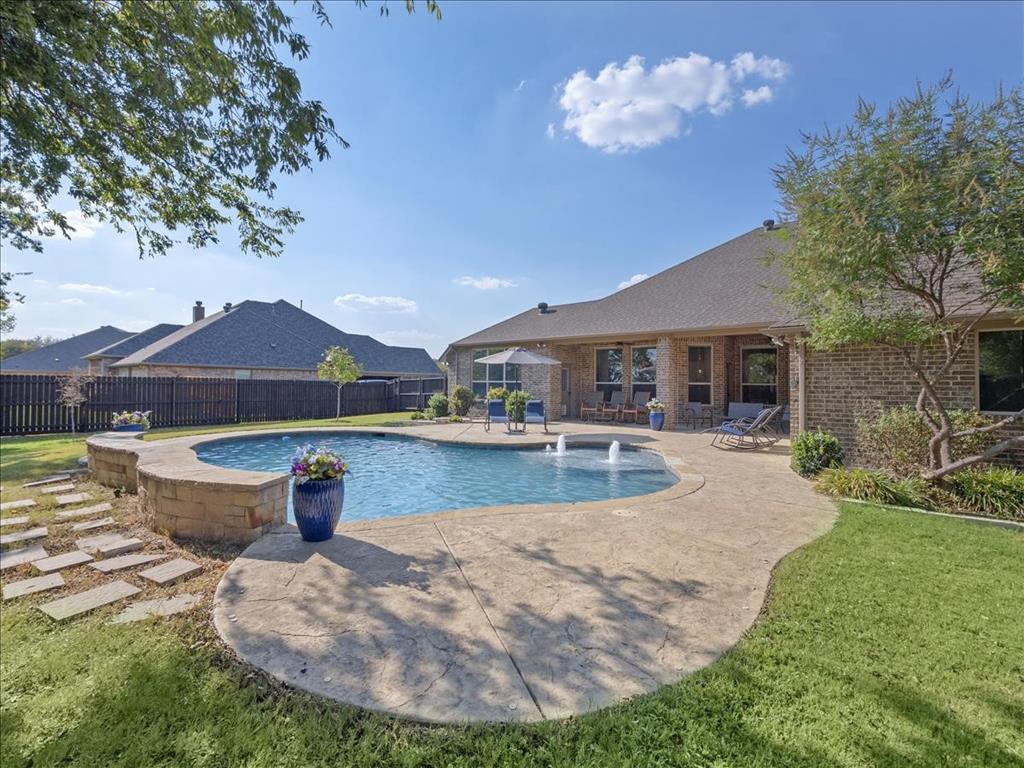 Pending | 113 Aledo Glen Court Aledo, Texas 76008 31