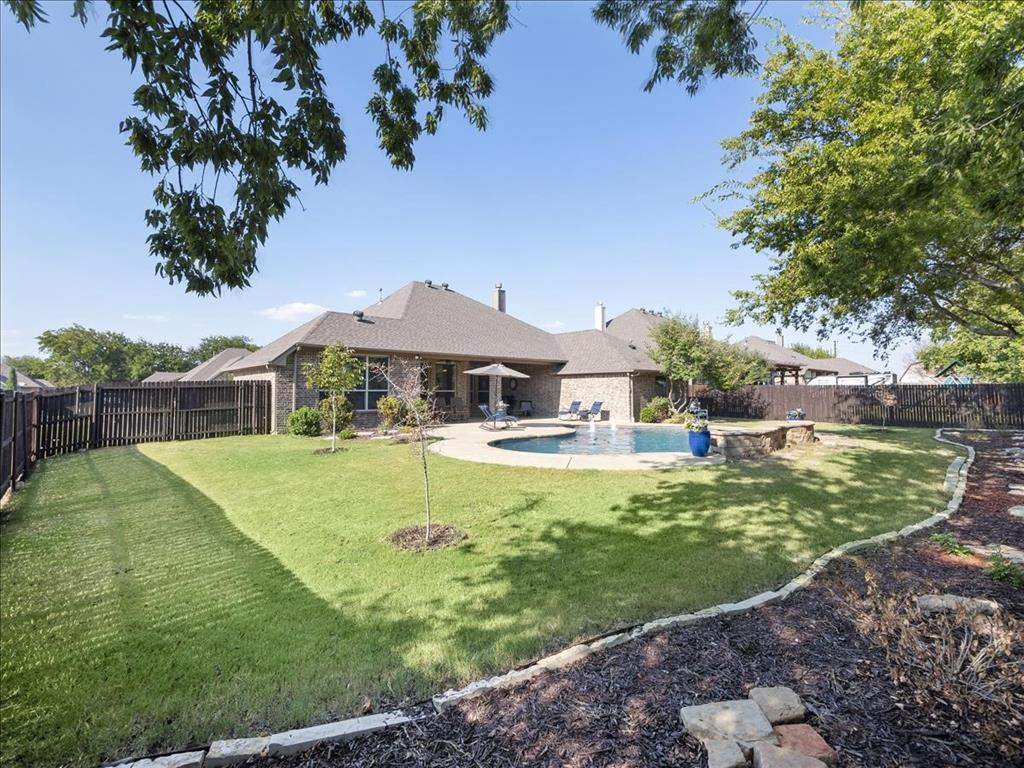 Pending | 113 Aledo Glen Court Aledo, Texas 76008 4