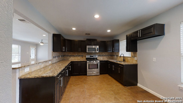 Price Change   2672 W SUMMIT AVE San Antonio, TX 78228 13