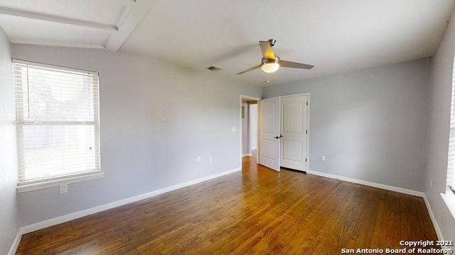 Price Change   2672 W SUMMIT AVE San Antonio, TX 78228 27
