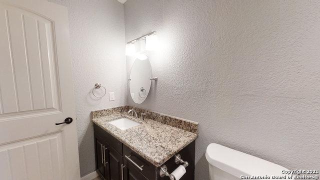 Price Change   2672 W SUMMIT AVE San Antonio, TX 78228 42