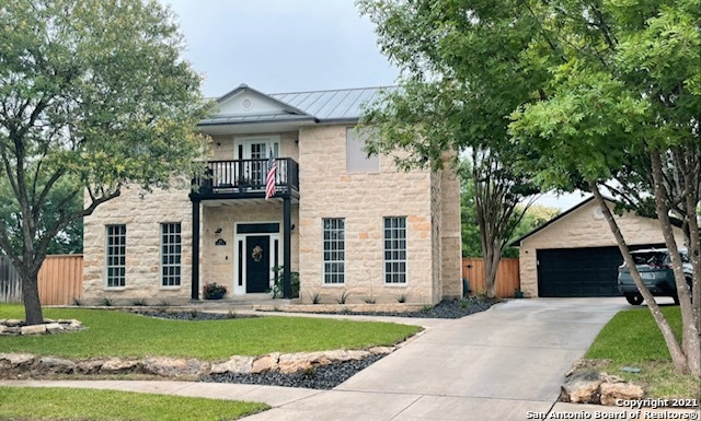 Active | 313 Oak Knoll Circle Boerne, TX 78006 0