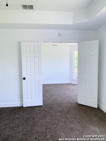 Active | 313 Oak Knoll Circle Boerne, TX 78006 9