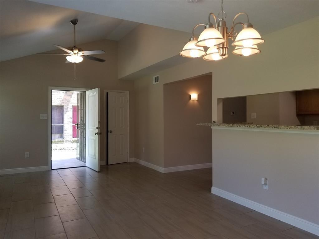 Option Pending | 7200 T C Jester Boulevard #4 Houston, Texas 77088 3