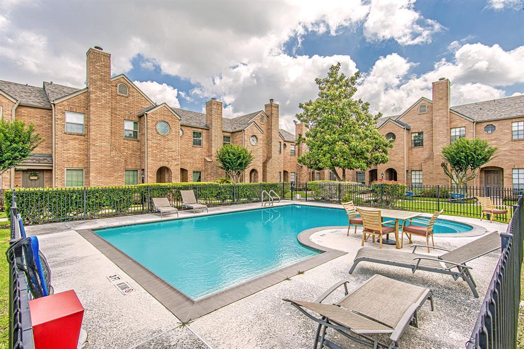 Pending | 3300 Bellefontaine Street #18 Houston, Texas 77025 15