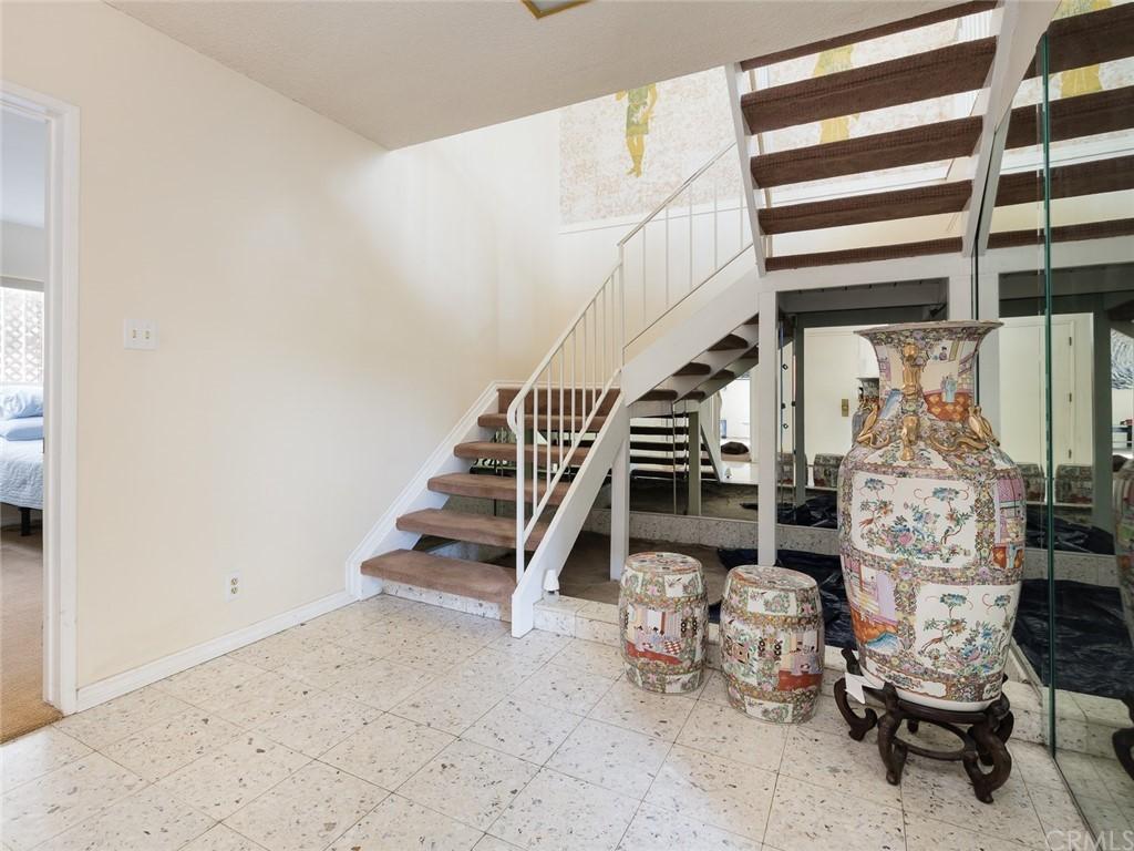 Active | 712 Yarmouth Road Palos Verdes Estates, CA 90274 39