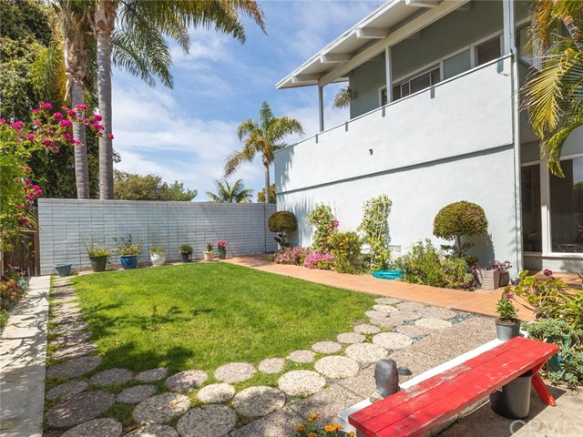 Active | 712 Yarmouth Road Palos Verdes Estates, CA 90274 34