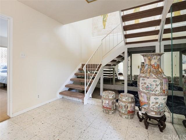 Active | 712 Yarmouth Road Palos Verdes Estates, CA 90274 36