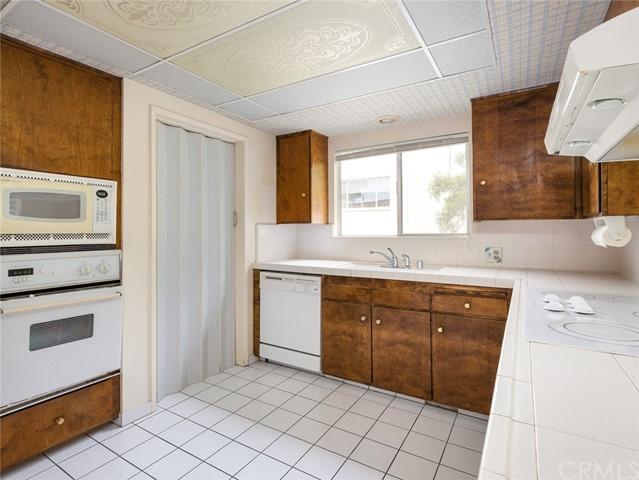 Active | 712 Yarmouth Road Palos Verdes Estates, CA 90274 50