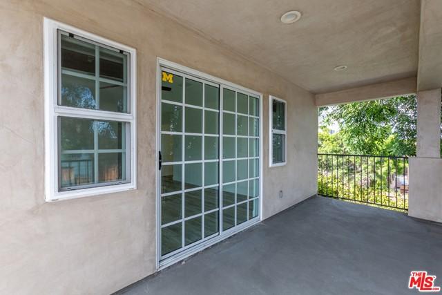 Active | 8726 Bleriot Avenue Los Angeles, CA 90045 18