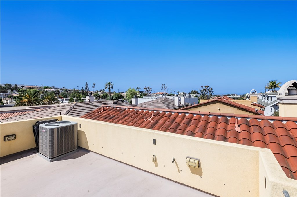Off Market | 239 S Irena Avenue #B Redondo Beach, CA 90277 16