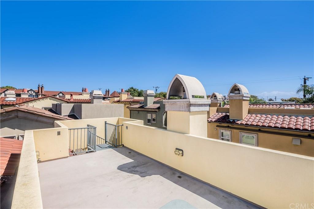 Off Market | 239 S Irena Avenue #B Redondo Beach, CA 90277 15