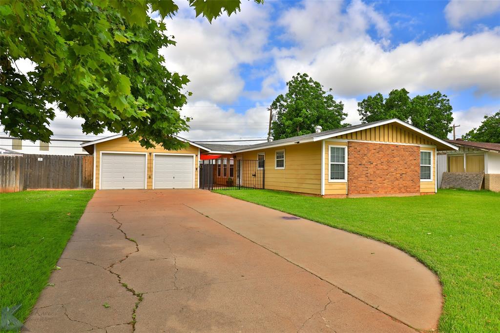 Sold Property   934 Fannin Street Abilene, Texas 79603 2