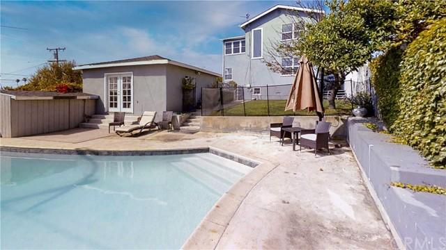 Closed | 310 Avenue F Redondo Beach, CA 90277 20
