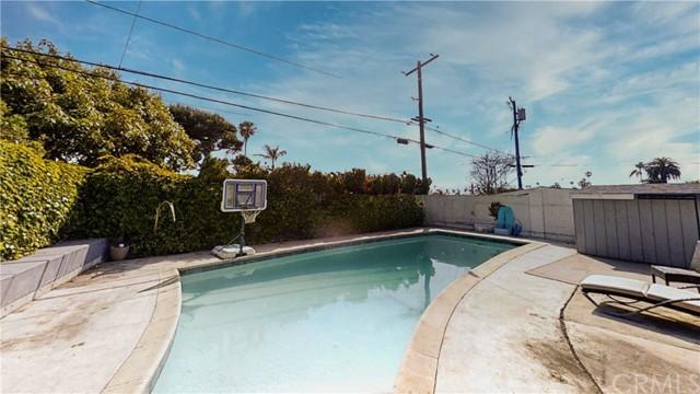 Closed | 310 Avenue F Redondo Beach, CA 90277 21
