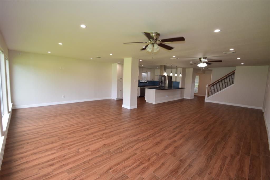 Active | 1406 Airline Drive Katy, Texas 77493 12