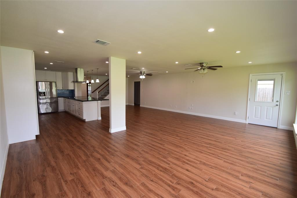 Active | 1406 Airline Drive Katy, Texas 77493 13