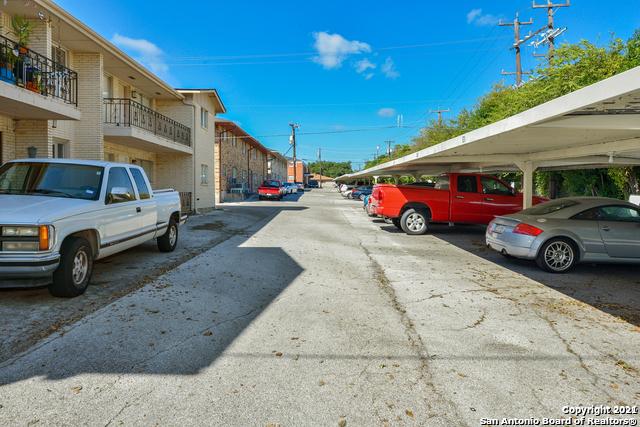 Pending   209 W SILVER SANDS DR #8 San Antonio, TX 78216 24