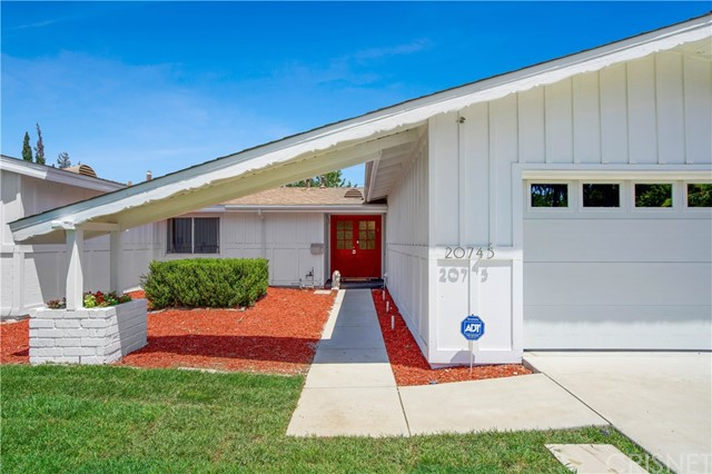 Closed | 20745 Clarendon Street Woodland Hills, CA 91367 1