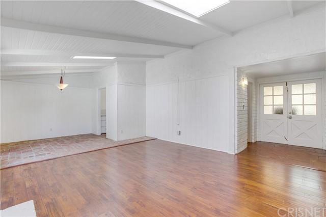 Closed | 20745 Clarendon Street Woodland Hills, CA 91367 8