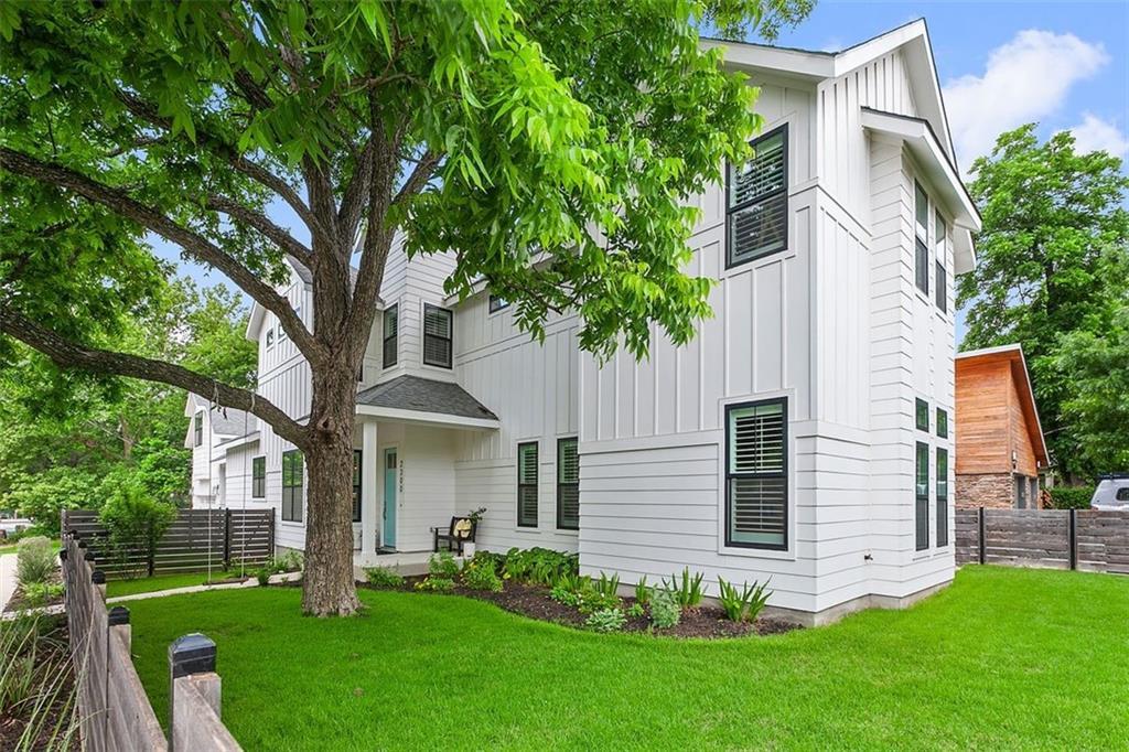 Active | 2300 Lawnmont Avenue Austin, TX 78756 0