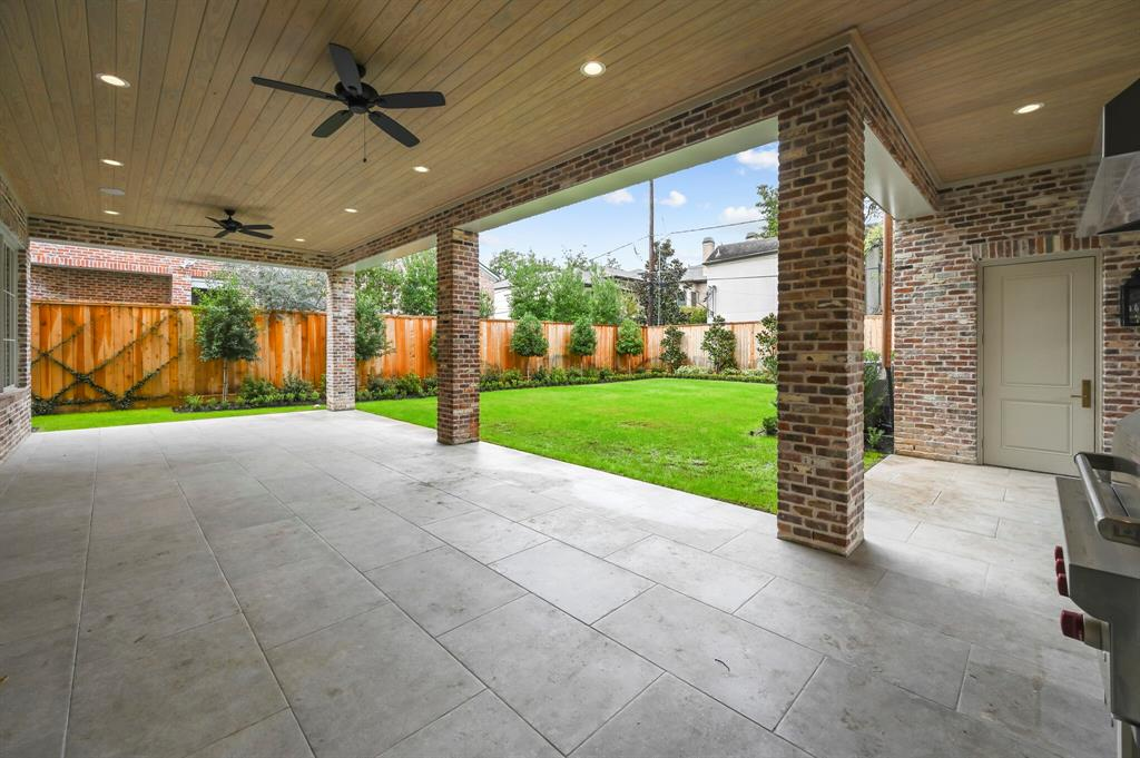 Active | 3842 Chevy Chase Drive Houston, Texas 77019 22