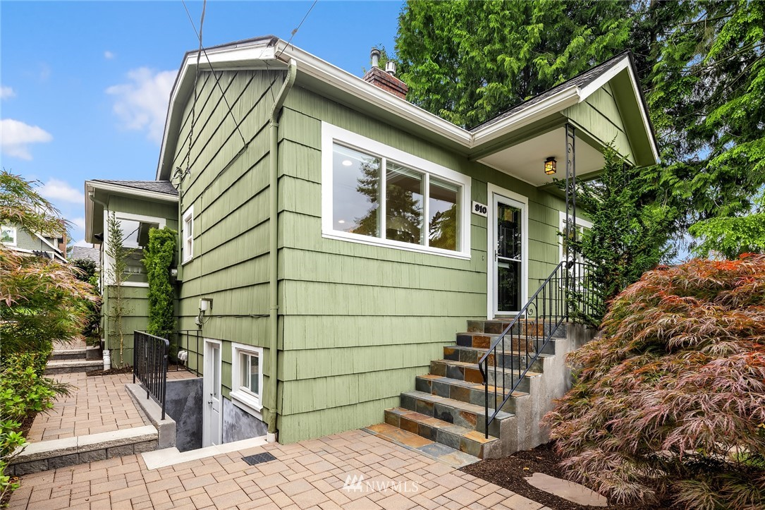 Sold Property | 910 N 78th Street Seattle, WA 98103 1