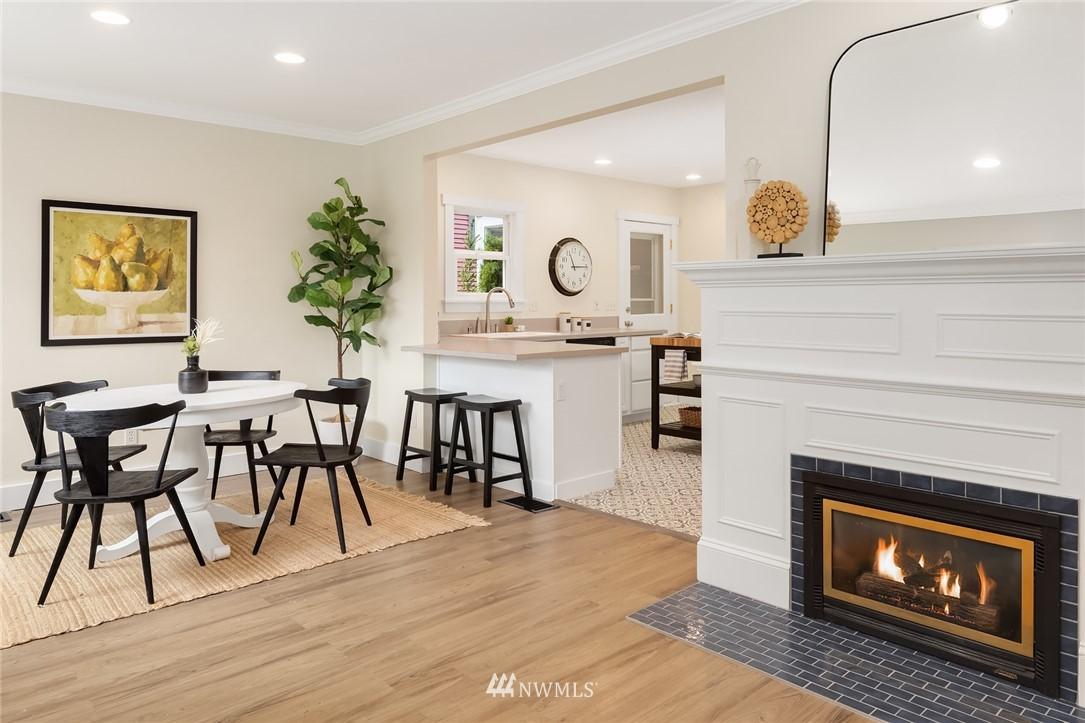 Sold Property | 910 N 78th Street Seattle, WA 98103 2