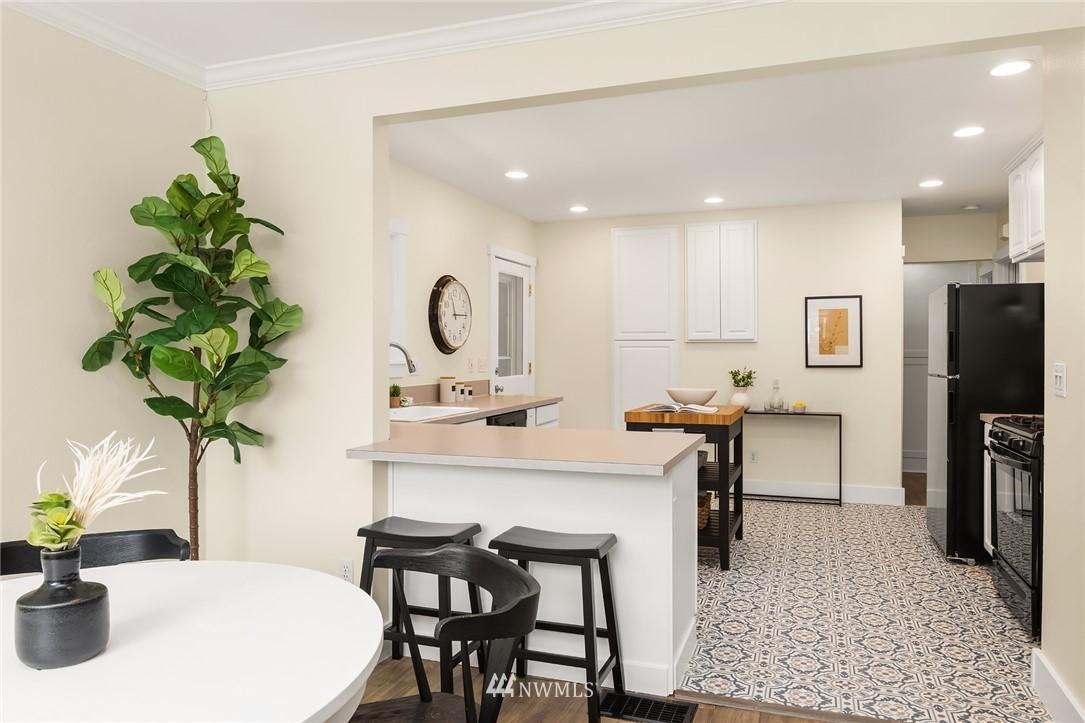 Sold Property | 910 N 78th Street Seattle, WA 98103 8