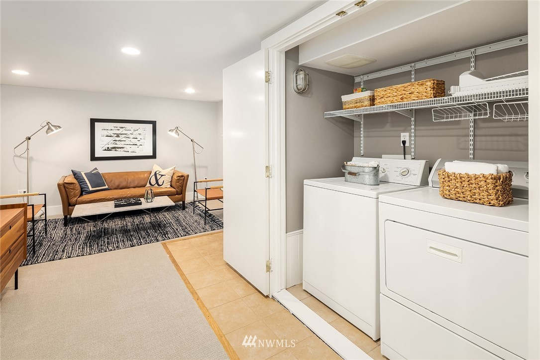Sold Property | 910 N 78th Street Seattle, WA 98103 18