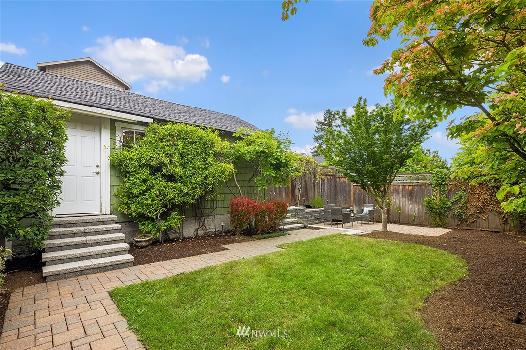 Sold Property | 910 N 78th Street Seattle, WA 98103 21