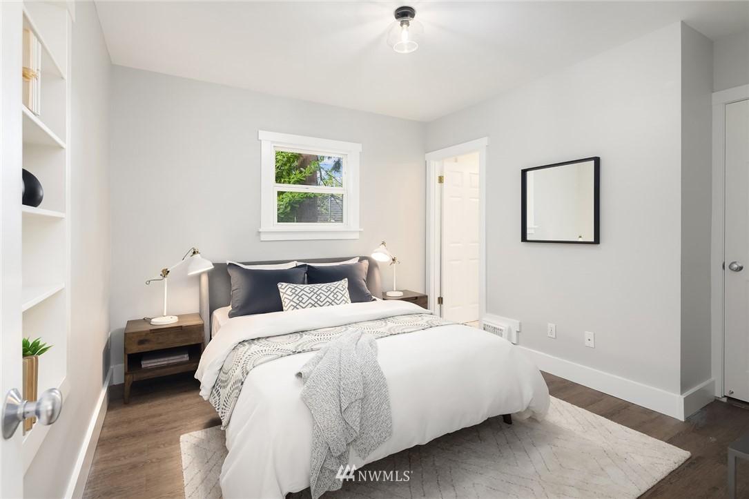 Sold Property | 910 N 78th Street Seattle, WA 98103 12