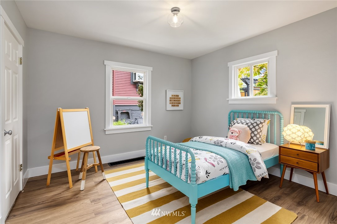 Sold Property | 910 N 78th Street Seattle, WA 98103 14