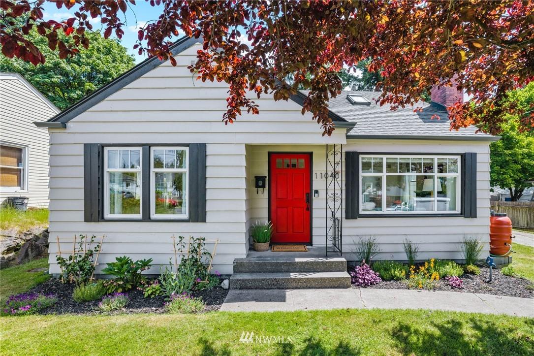 Pending | 11040 14th Avenue NE Seattle, WA 98125 0