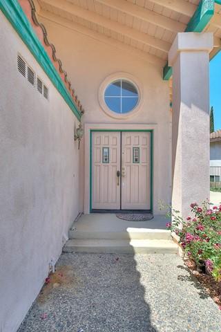 Pending | 2290 Avenida Las Ramblas Chino Hills, CA 91709 3
