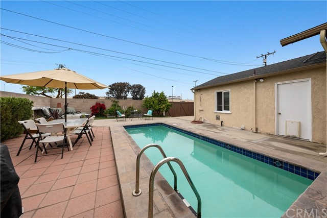 Pending | 2413 Sebald Avenue Redondo Beach, CA 90278 30