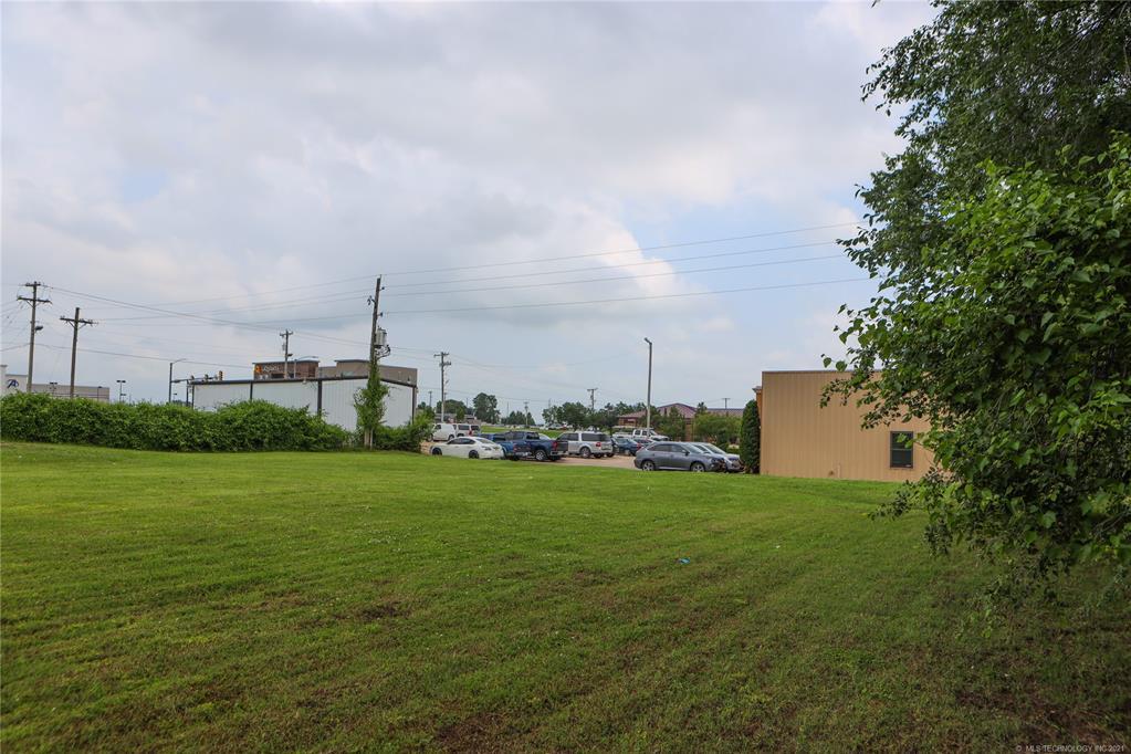 Active   1 E 19th Street Owasso, Oklahoma 74055 20