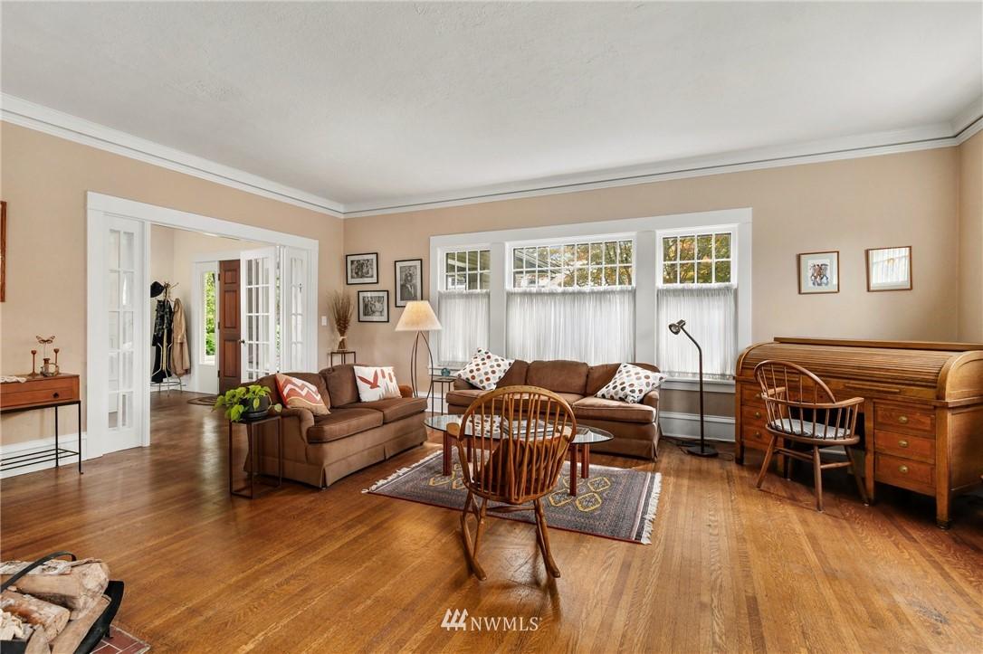 Sold Property   751 31st Avenue Seattle, WA 98122 7