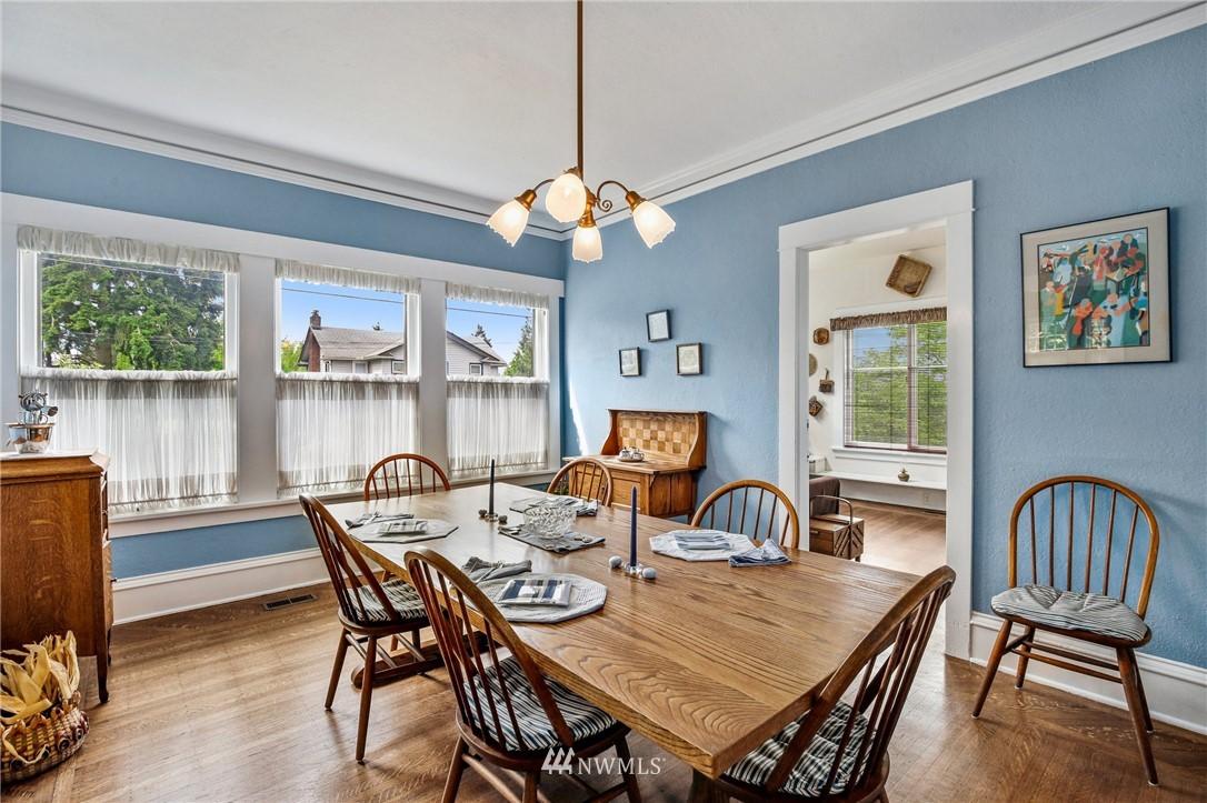 Sold Property   751 31st Avenue Seattle, WA 98122 10