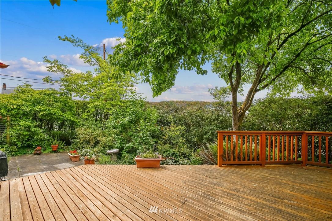 Sold Property   751 31st Avenue Seattle, WA 98122 15