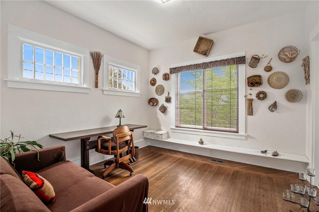 Sold Property   751 31st Avenue Seattle, WA 98122 21