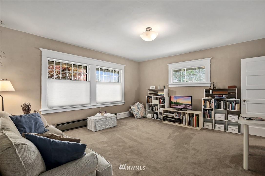 Sold Property   751 31st Avenue Seattle, WA 98122 25