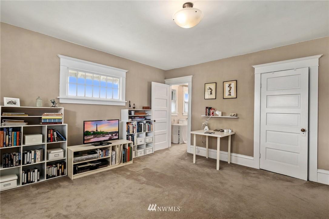 Sold Property   751 31st Avenue Seattle, WA 98122 26