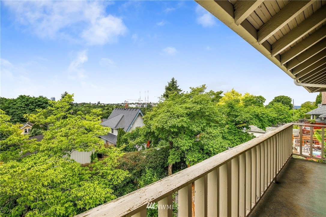 Sold Property   751 31st Avenue Seattle, WA 98122 29