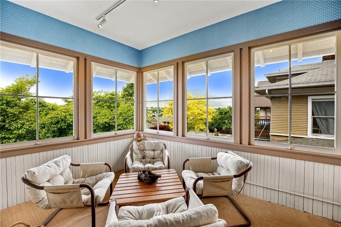 Sold Property   751 31st Avenue Seattle, WA 98122 31